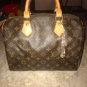 Authentic Louis Vuitton Momogram Speedy 30!!